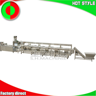 Large scale production line for peeling, cutting and cleaning vegetables and fruits